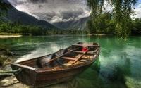 boat-on-the-lake-7382-1920x1200