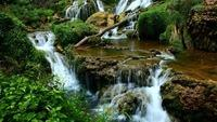 many-beautiful-waterfalls-in-the-forest-3663-3840x2160