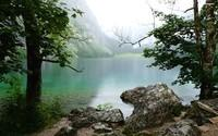 mountain-lake-