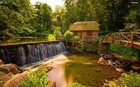 abandoned-watermill-in-the-forest-6174-2560x1600
